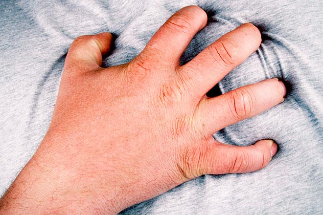 боль в сердце из=за остеохондроза грудного отдела
